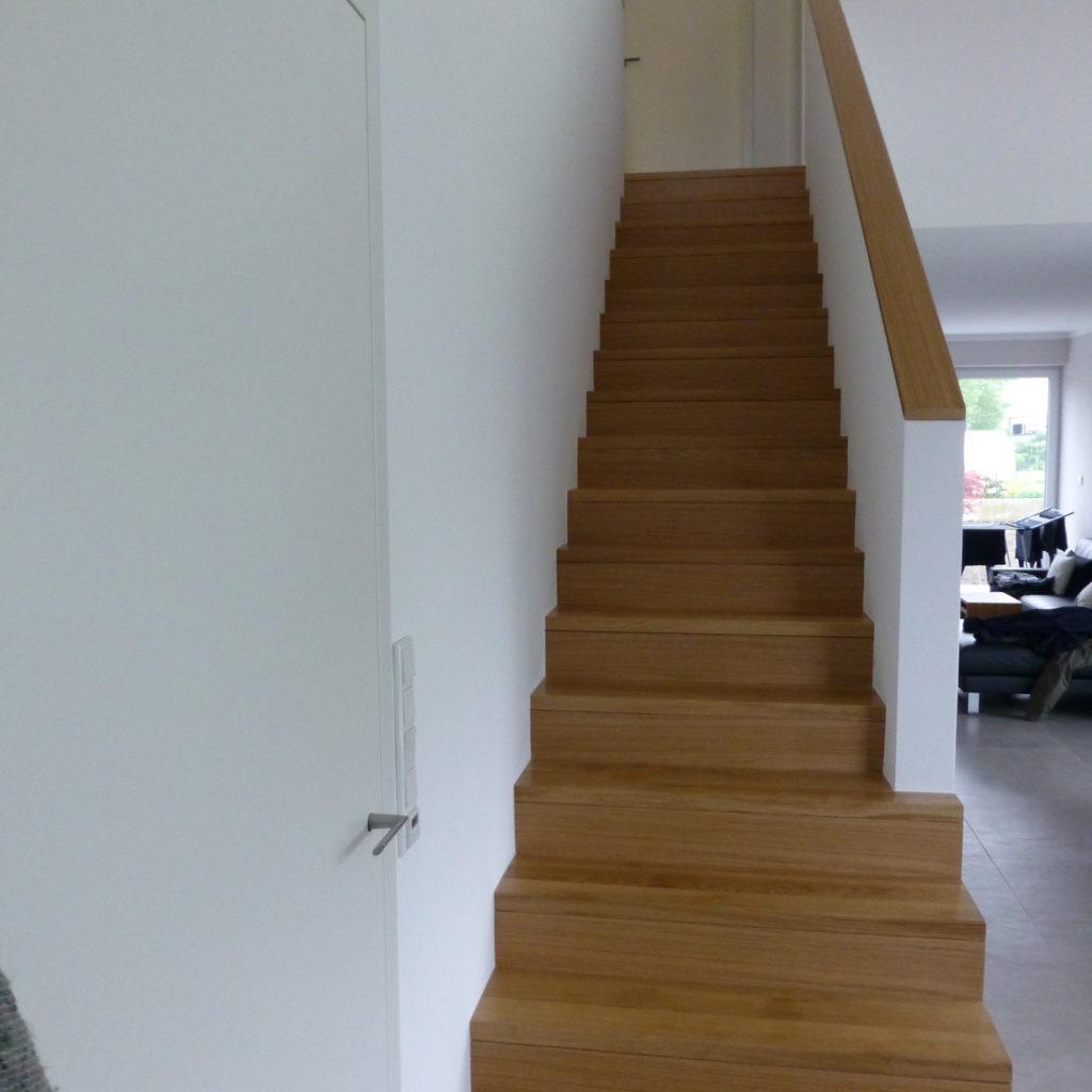 tack tischlerei in lippstadt eichentreppe mit. Black Bedroom Furniture Sets. Home Design Ideas