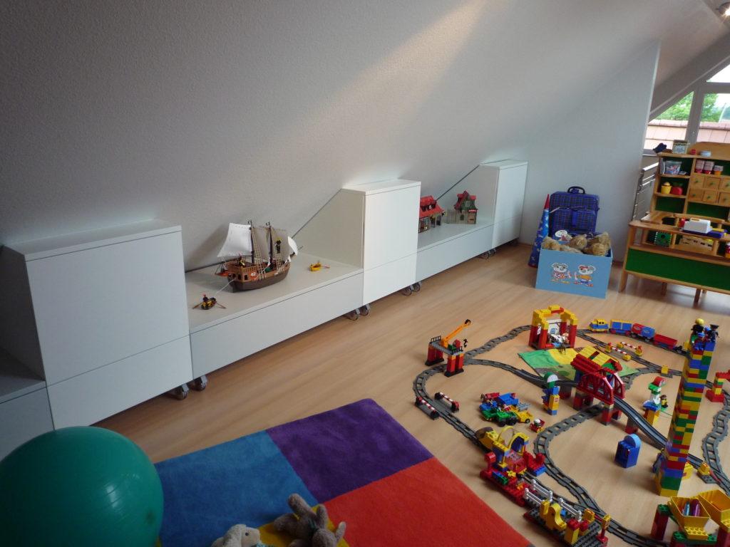 Kinderzimmer Dachschrage ~ Kreative Ideen für Design und Wohnmöbel