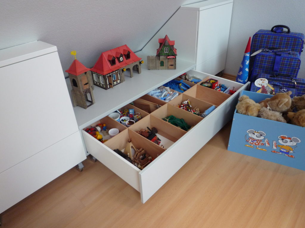 Tack Tischlerei in Lippstadt » Kinderzimmer unter Dachschräge